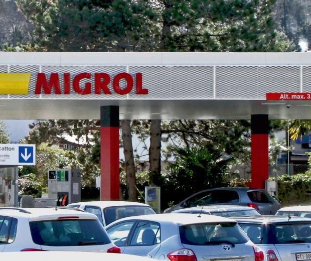 Bild_Migrol_Tankstelle_Station_Losone_Stand_11_3_16_F_Regzzoni_def_OK_IMG_5376-fr4C